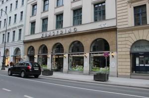 Einkaufspassage in der Briennner Straße