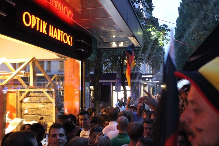 Fans in Feierlaune beim DeNiro