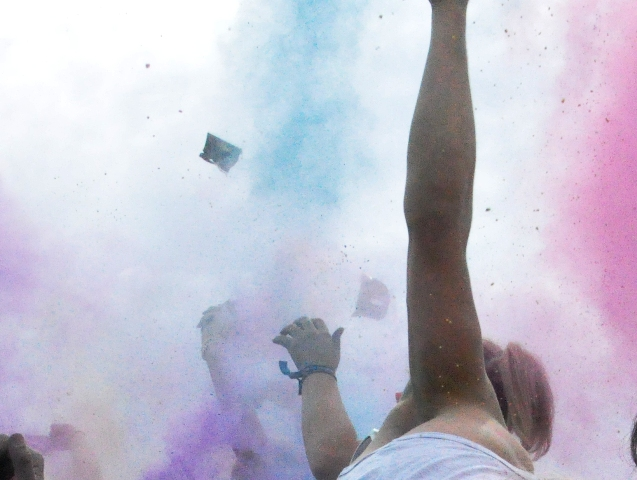 Party beim Holi Festival